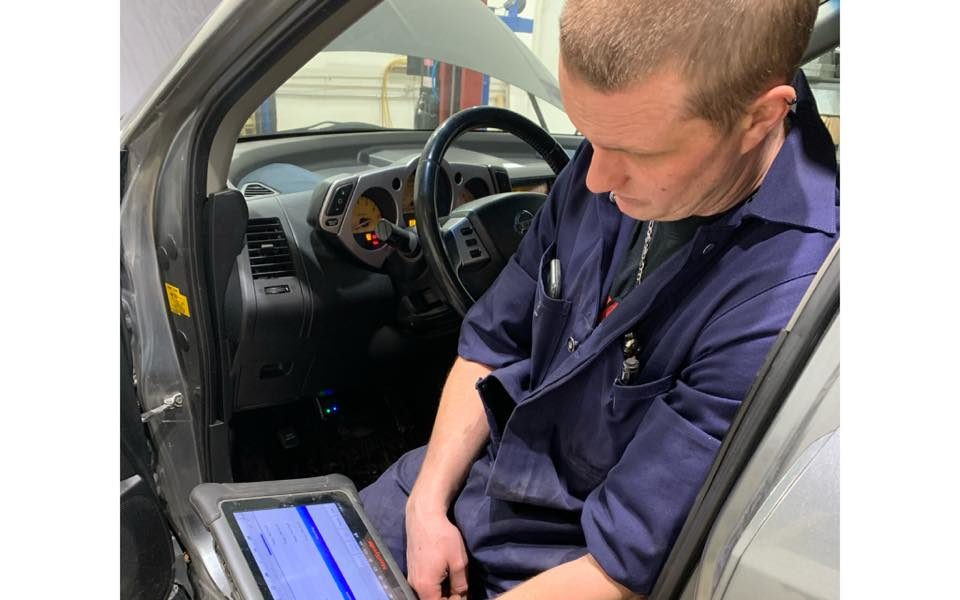Vehicle Diagnosing – Wayne's Driveline and Automotive Repair – Saskatoon